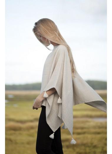 Hand woven poncho Stella